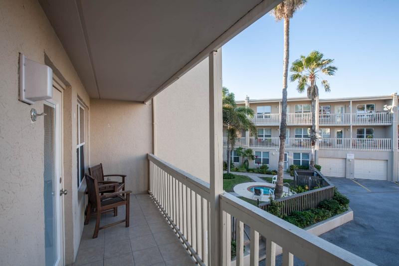 Let's go to the beach! - Image 1 - South Padre Island - rentals