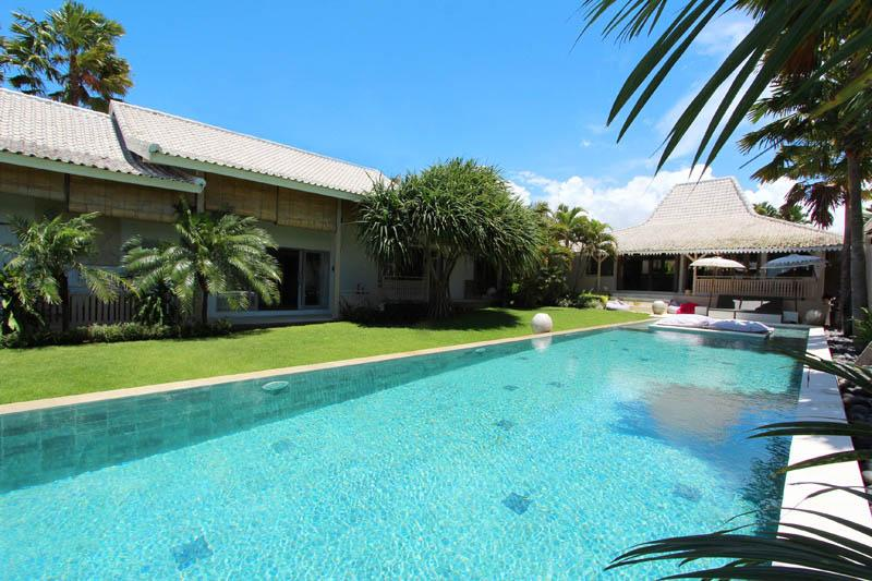 Georgeous Villa Kawan with Amazing Rice Field View - Image 1 - Canggu - rentals