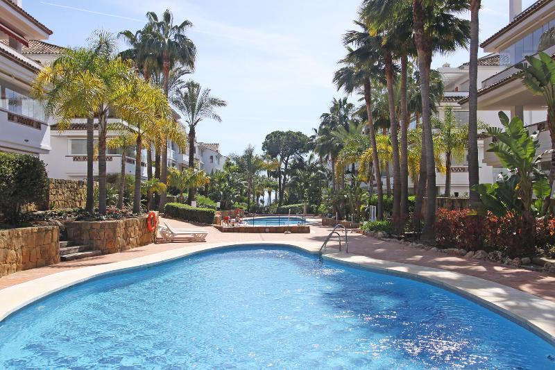 Beautiful beachfront Urba.well maintained . Direct access to the beach Las Canas and paseo Maritimo - Exclusive Beachfront Apart.Golden Mile Marbella - Marbella - rentals