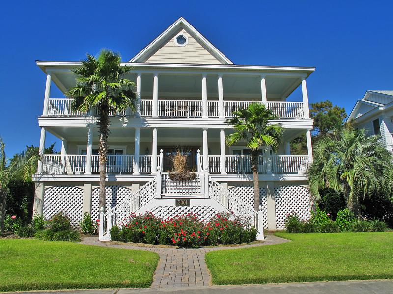 Stunning backyard with Pool! Beautiful luxury home - Image 1 - Isle of Palms - rentals