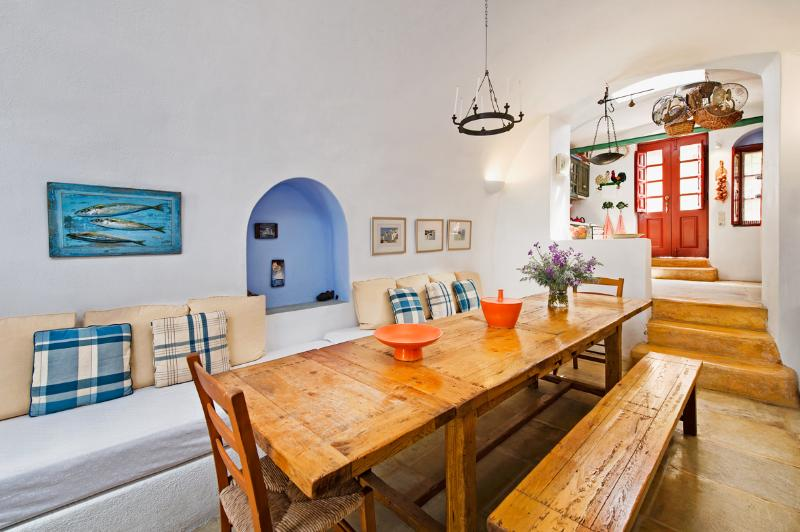 3Arches Traditional House by Thireon - Image 1 - Oia - rentals