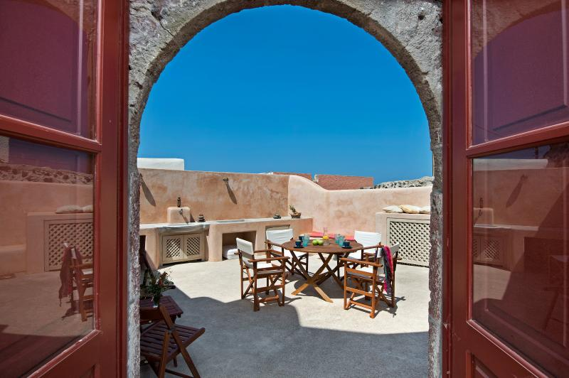 Villa Amalia sleeps 9 by Thireon - Image 1 - Oia - rentals
