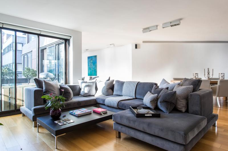 onefinestay - Crown Reach private home - Image 1 - London - rentals