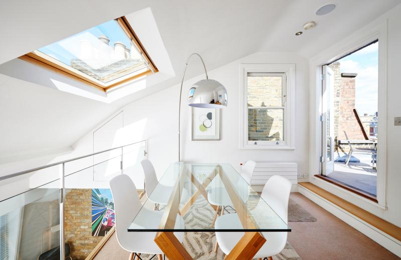 onefinestay - King Street IV private home - Image 1 - London - rentals