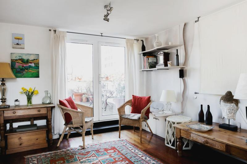 onefinestay - Odhams Walk private home - Image 1 - London - rentals
