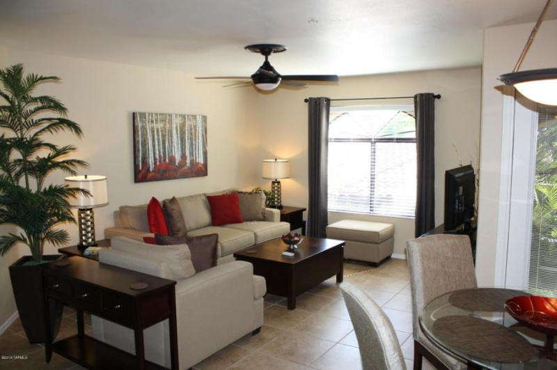 Luxury Rental Condo - Luxury 2Bd/2Ba Vacation Condo Rental (MINIMUM 30 DAY STAY) - Tucson - rentals