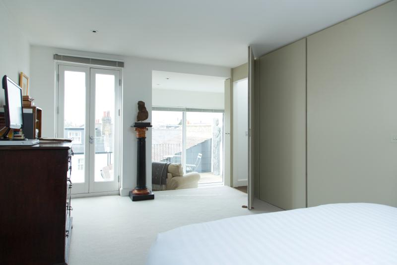 One Fine Stay - White Hart Lane  apartment - Image 1 - London - rentals