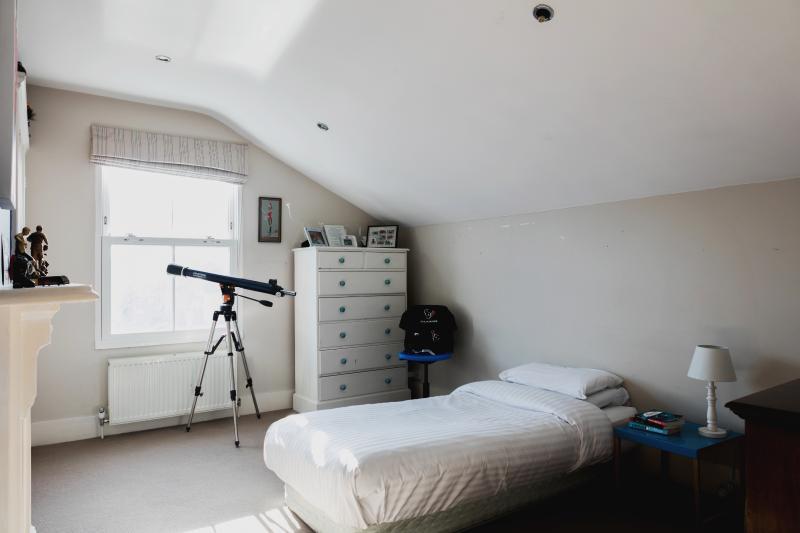 One Fine Stay - Winsham Grove II apartment - Image 1 - London - rentals