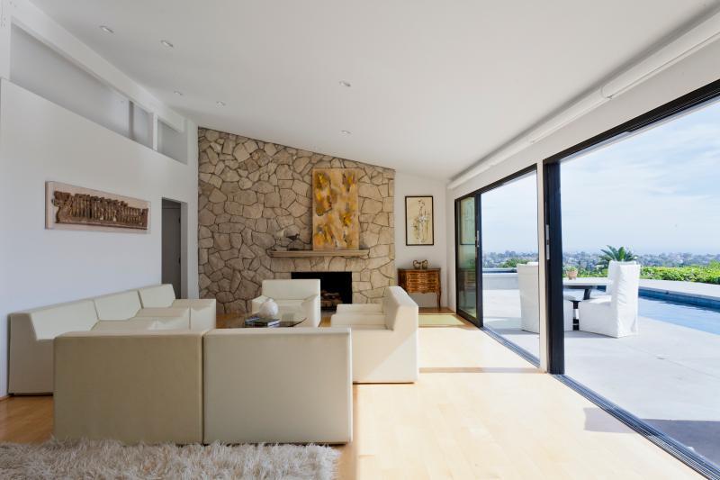 onefinestay - Alcima Avenue private home - Image 1 - Santa Monica - rentals