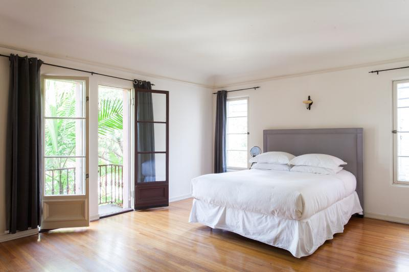 onefinestay - Alexandria Avenue private home - Image 1 - Los Angeles - rentals
