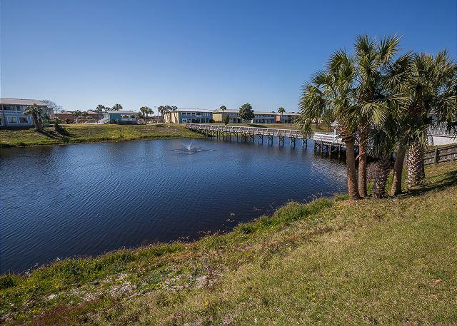Lake on property - Great Location near the Beach! Affordable 2 bedroom 1 bath Condo - Destin - rentals