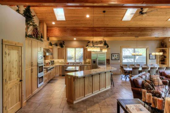 The Masters Lodge - 7 Bedrooms - Image 1 - Sunriver - rentals