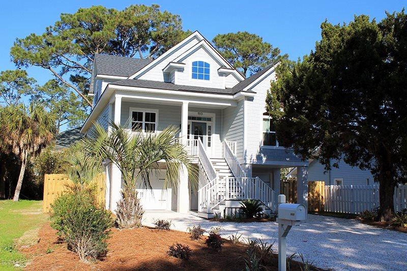 1513 Miller Avenue - Bright and Beachy - Great Location - Deluxe Amenities - Image 1 - Tybee Island - rentals