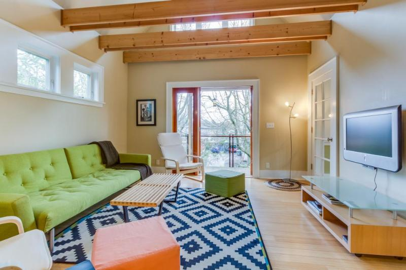 Perfectly zen home between Central District & Capitol Hill! - Image 1 - Seattle - rentals