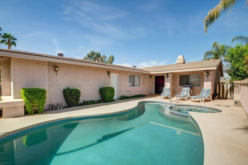 Palm Desert home w/ private pool & hot tub, nice outdoor patio area! - Image 1 - Palm Desert - rentals