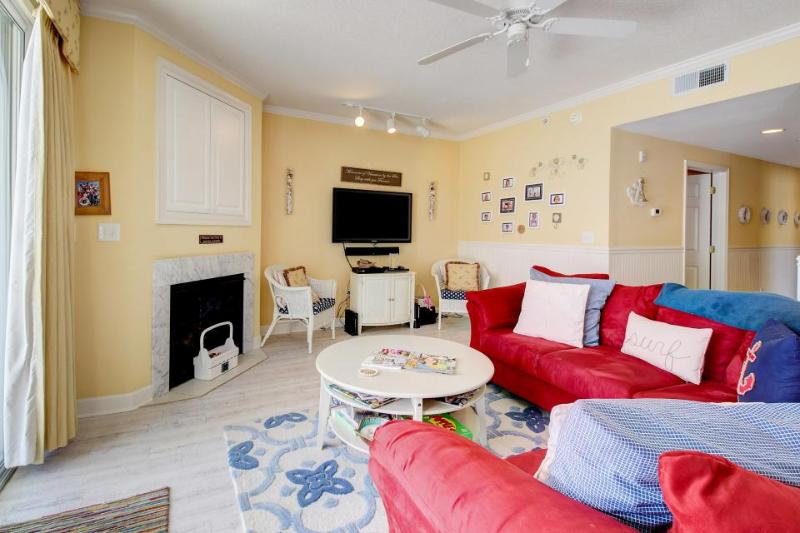 Breezy beach condo with a fitness room, balcony & seasonal rooftop pool! - Image 1 - Ocean City - rentals