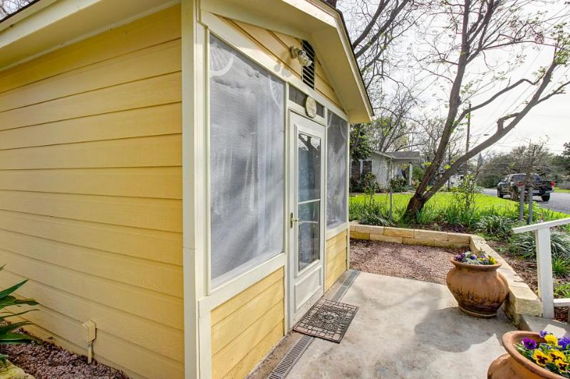 Romantic getaway with a private indoor hot tub and a shared swimming pool! - Image 1 - Fredericksburg - rentals