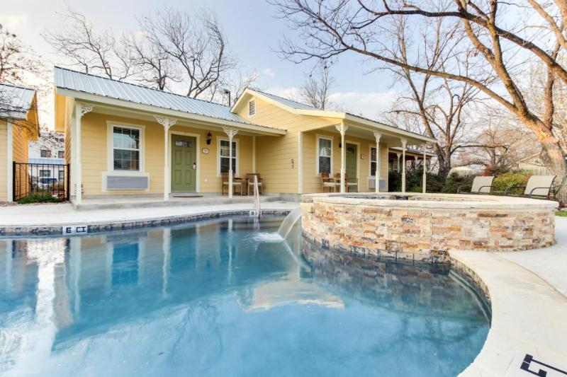 Modern studio suite with a shared pool, hot tub & a great Main Street location! - Image 1 - Fredericksburg - rentals