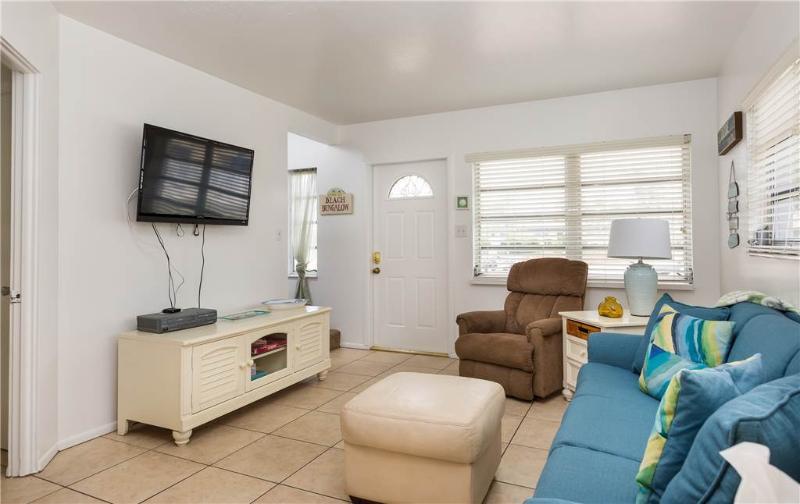 Aloha Kai 50,  2 Bedrooms, Heated Pool, Beach Access, Sleeps 6 - Image 1 - Siesta Key - rentals