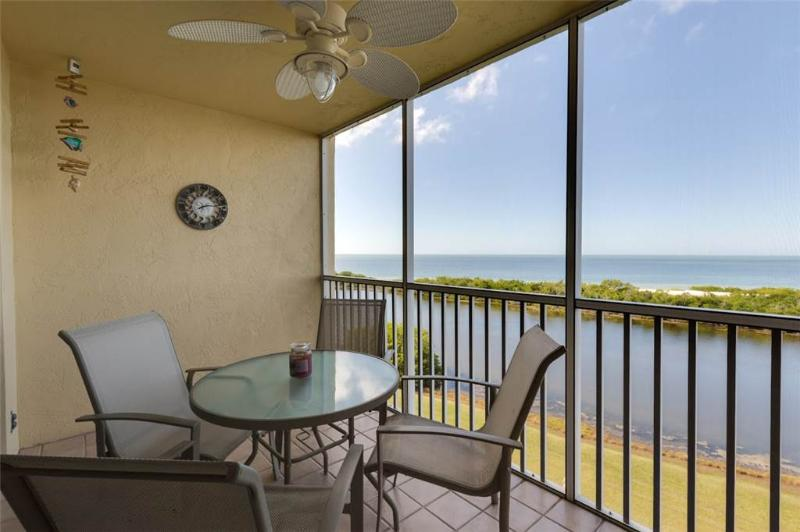 Sand Caper 604, 2 Bedrooms, Gulf Front, Elevator, Heated Pool, Sleeps 4 - Image 1 - Fort Myers Beach - rentals