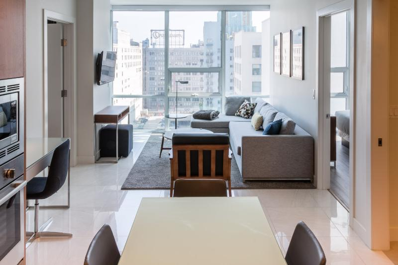 Sleek 2 Bedroom Apartment in Downtown L.A. - Image 1 - Los Angeles - rentals