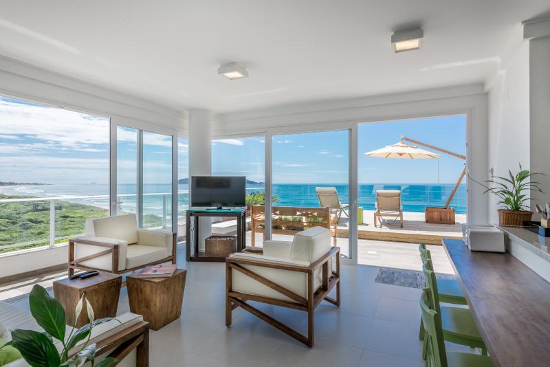 Magnificent 3 Bedroom Beachfront Condo - Image 1 - Florianopolis - rentals