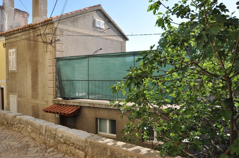 H(4): terrace - 5389  H(4) - Vrbnik - Vrbnik - rentals