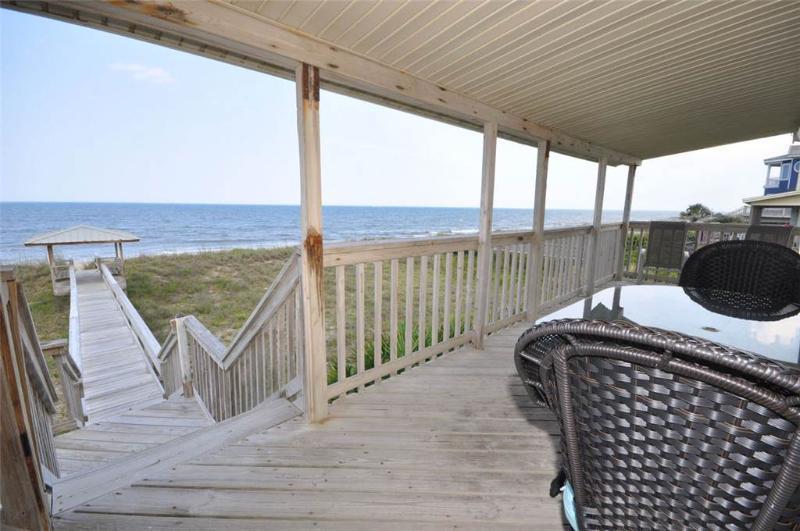 Dolphin Dunes, 4 Bedrooms, Ocean Front, Wireless Internet. Sleeps 9 - Image 1 - Florida North Atlantic Coast - rentals