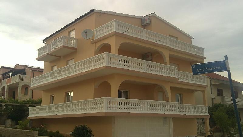 house - 8336 A4(2+2) - Vodice - Vodice - rentals