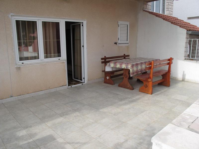 A2 plavi(4+1): courtyard - 00606PRIM  A2 plavi(4+1) - Primosten - Primosten - rentals