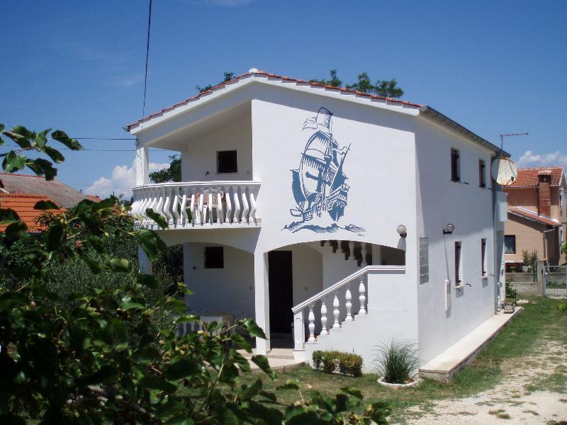 house - 00718NIN  A1(4+1) gornji - Nin - Nin - rentals