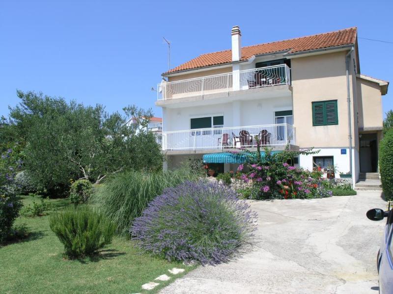 house - 35186  A2 (6+2) - Vodice - Vodice - rentals