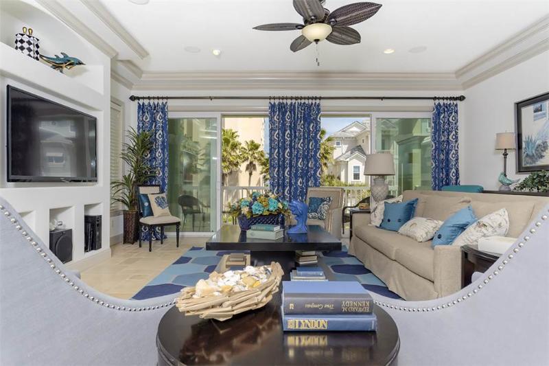 Dancing Dolphin, 6 Bedrooms, Cinnamon Beach, Private Pool, Sleeps 14 - Image 1 - Palm Coast - rentals