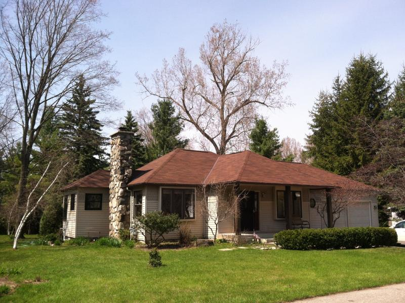 Old Tannery House ~ East Bay View - Cozy Comfort Surrounded by Cedars - Petoskey - rentals