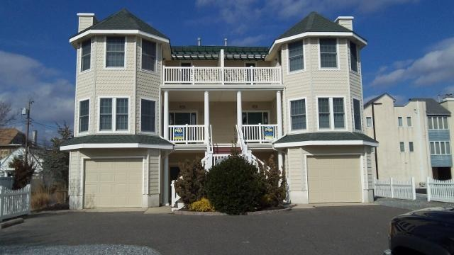 618 Wayne Avenue South Townhouse 112758 - Image 1 - Ocean City - rentals