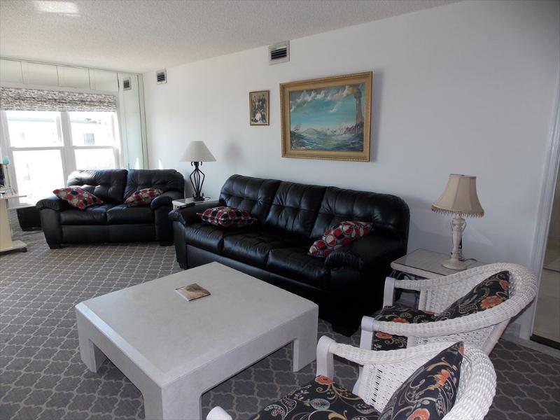 NB714 127705 - Image 1 - Diamond Beach - rentals