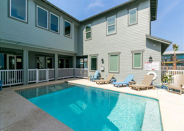 Private Pool - Bella Mar: PRIVATE POOL, Gated Community, Close to Beach, Garage - Port Aransas - rentals