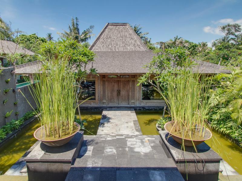 Villa Hansa - Entrance to paradise - Villa Hansa - an elite haven - Canggu - rentals