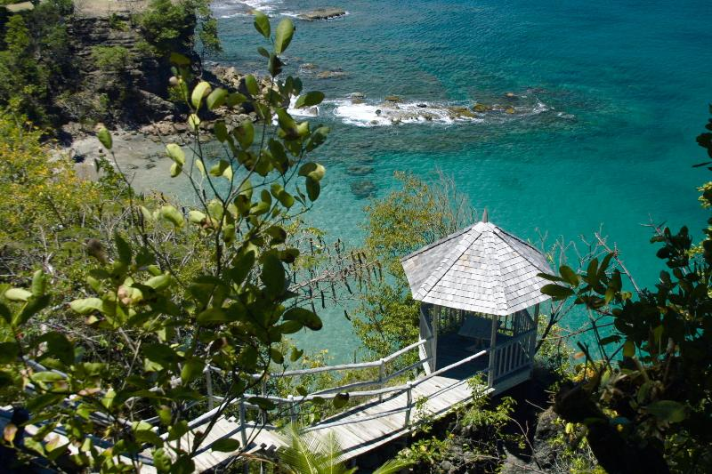Smugglers Nest - Ideal for Couples and Families, Beautiful Pool and Beach - Image 1 - Cap Estate - rentals