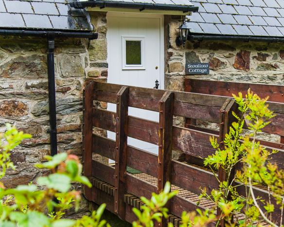 Swallow, Gellifawr Cottages - Image 1 - Fishguard - rentals