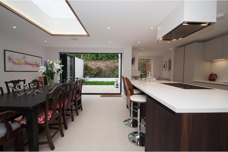 Spacious and modern four-bed townhouse with private garden. - Image 1 - London - rentals
