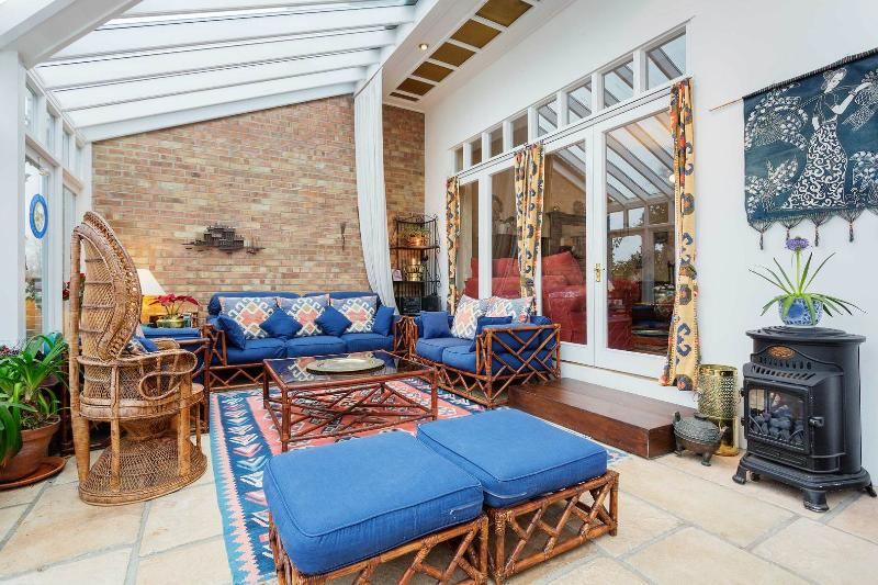 A large five-bedroom home in Highgate, North London. - Image 1 - London - rentals