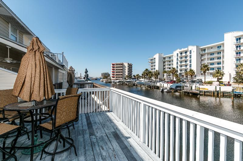 """""""13 Canal Place"""" Right on the Harbor! Swim and fish at your private dock!!! - Image 1 - Destin - rentals"""