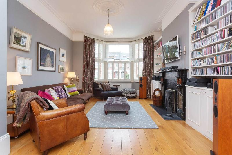 A gorgeously done four-bedroom home with large garden and kids' play area in Kensal Rise. - Image 1 - London - rentals