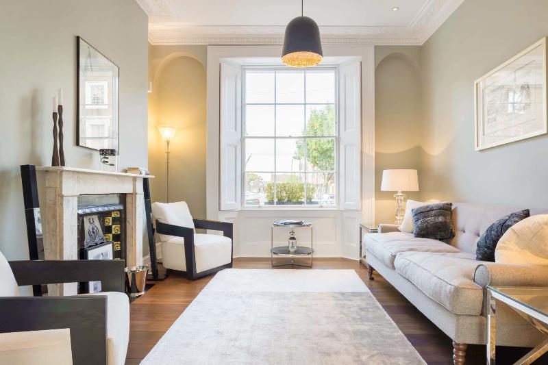Sleek 3 bed House in Islington,sleeps 6 - Offord Rd - Image 1 - London - rentals