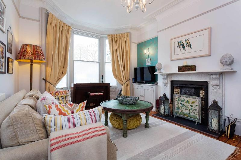 Stunning five-bed family home in Brook Green. - Image 1 - London - rentals