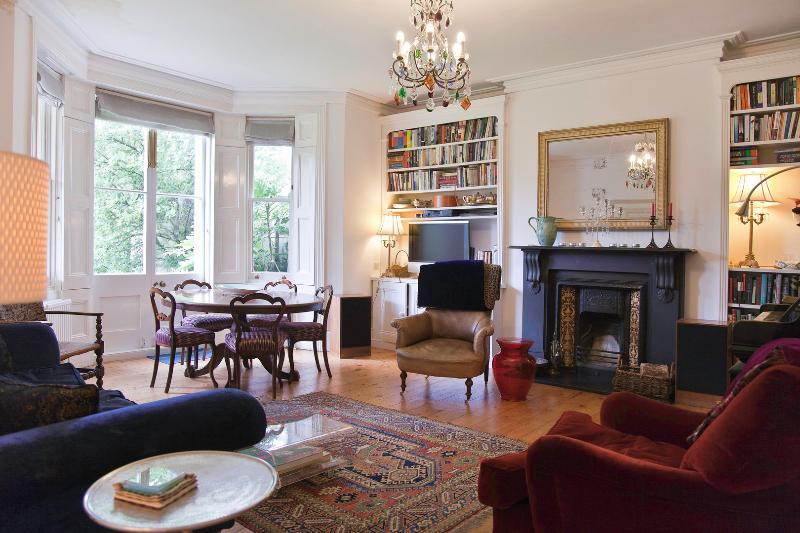 3 bed garden flat in Upmarket Hampstead, Arkwright Road - Image 1 - London - rentals