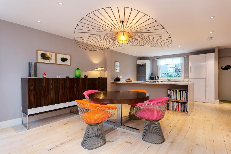 4 bedroom townhouse, Middleton Road, Dalston - Image 1 - London - rentals