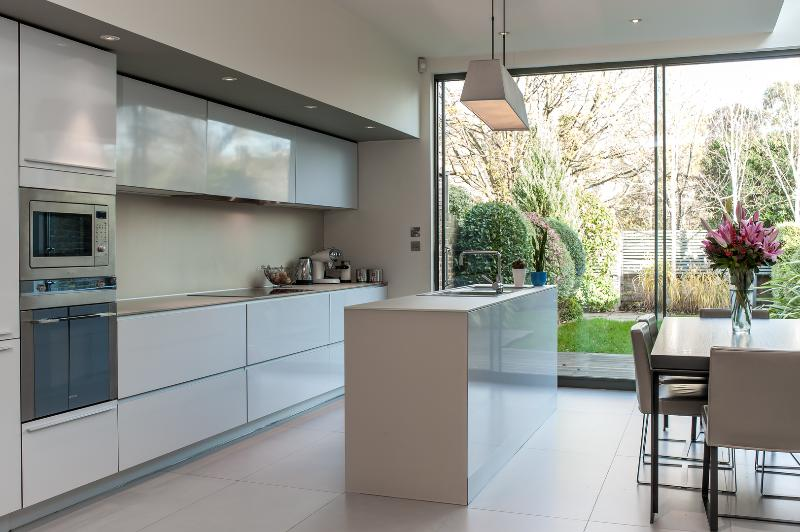 A sharp four-bedroom family home on a residential street. - Image 1 - London - rentals