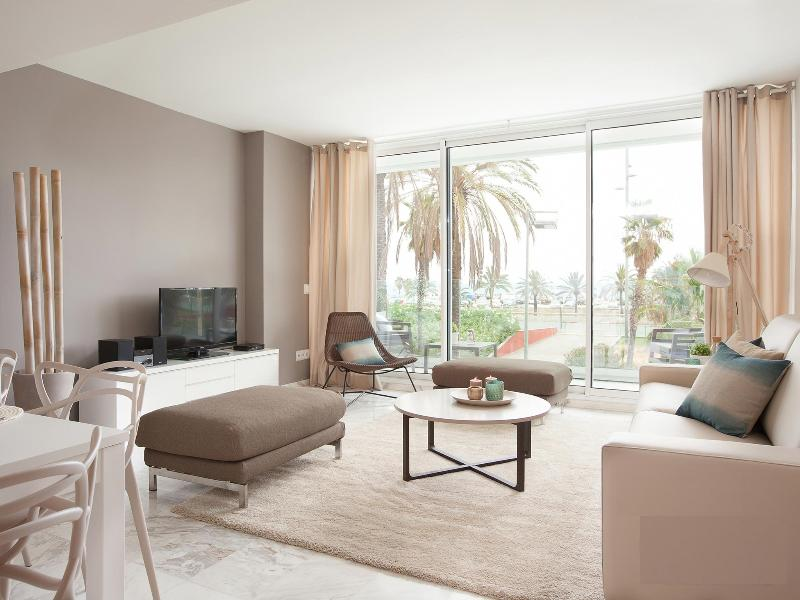 Beautiful Beachside Apartment in Barcelona's Diagonal Mar District - Felipe - Image 1 - Barcelona - rentals